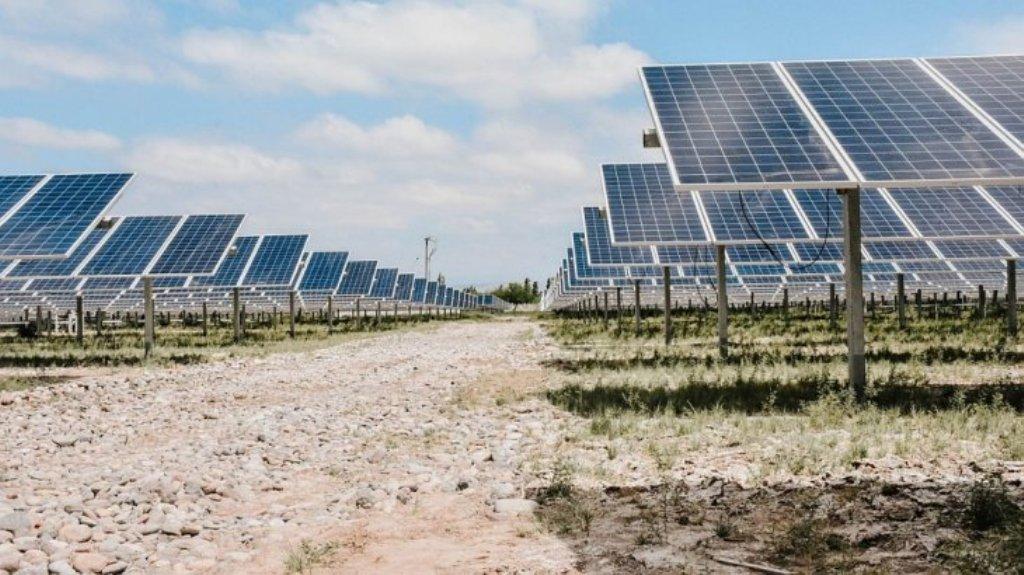 El parque solar Las Lomitas
