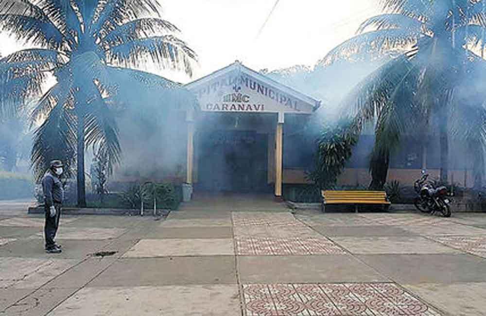 Realizaron tareas de fumigación en el hospital paceño de Caranavi