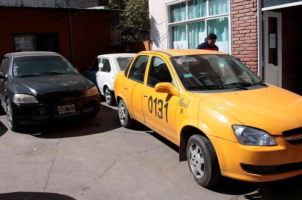 Algunos automóviles secuestrados por inspectores de Tránsito